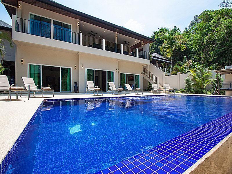 บ้านพักภูเก็ตมีสระว่ายน้ำส่วนตัว 15-18 คน
